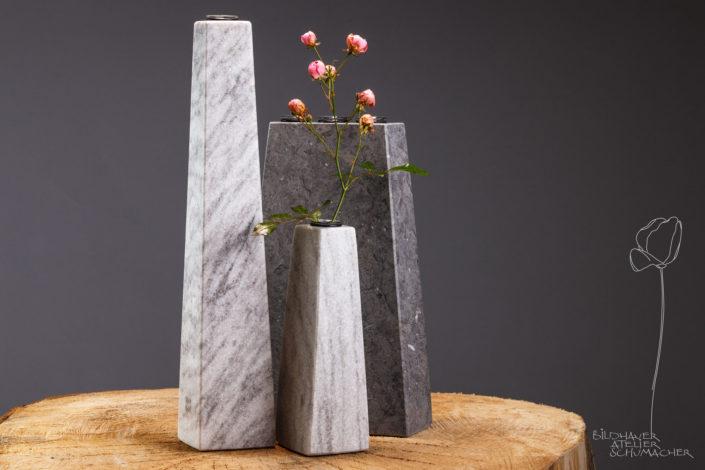 Blumenvasen St.Michel und Cristallina Marmor