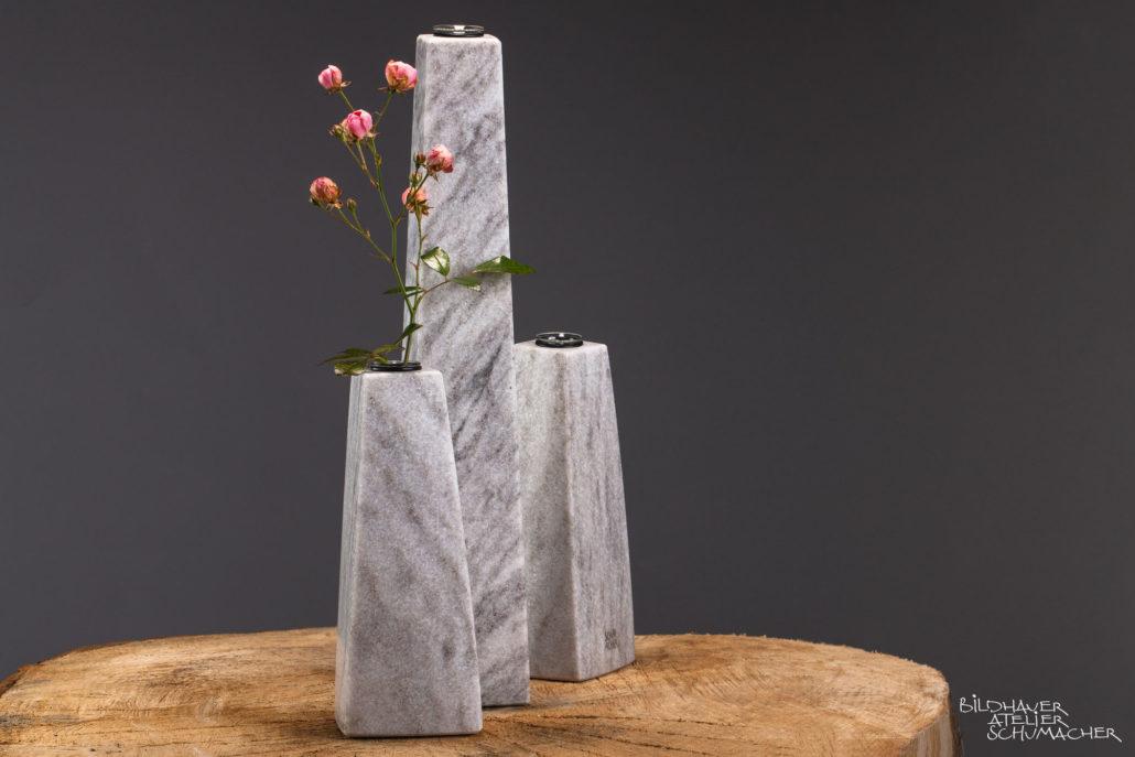 Blumenvasen Cristallina Marmor aus der Schweiz