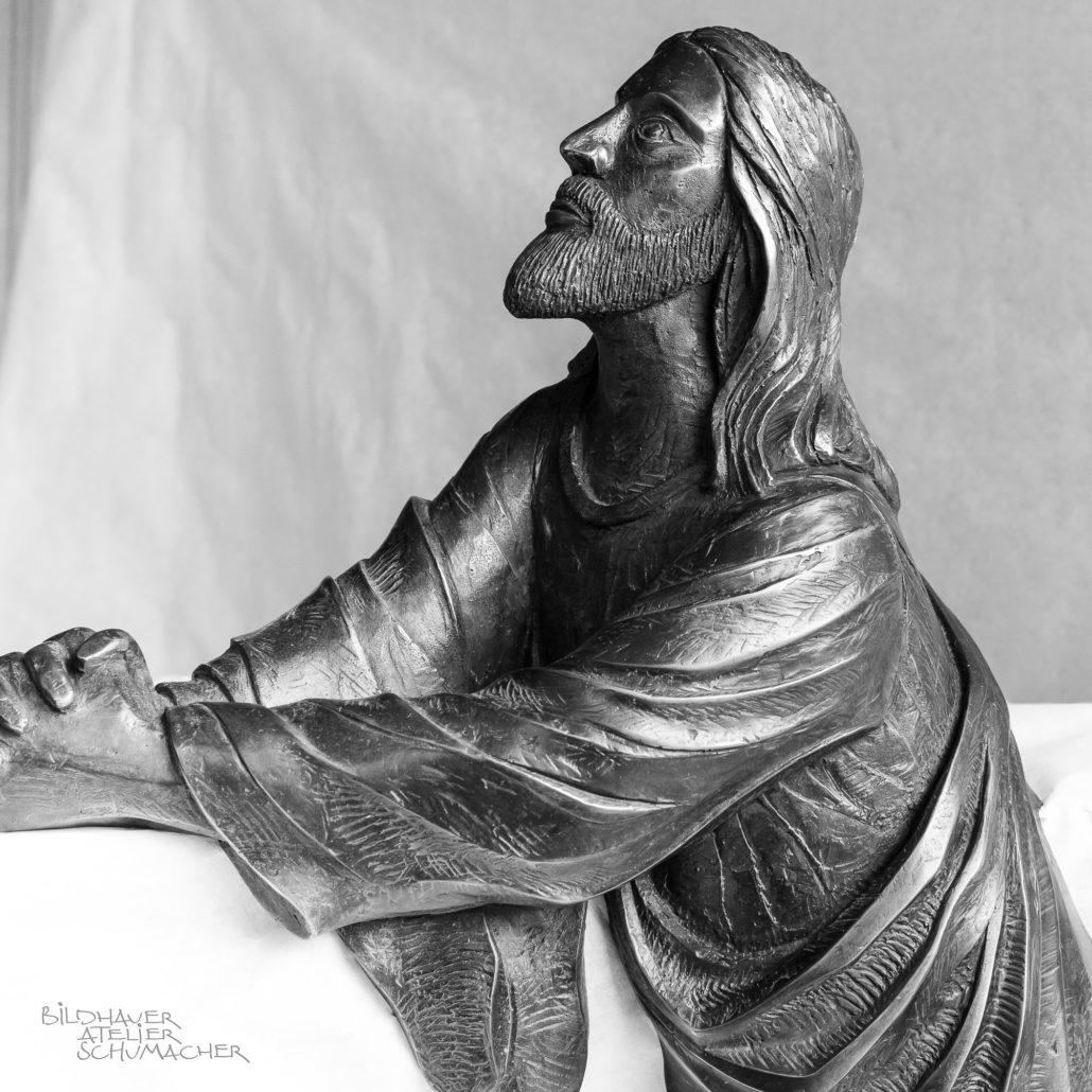 Bronzeguss Jesus betend
